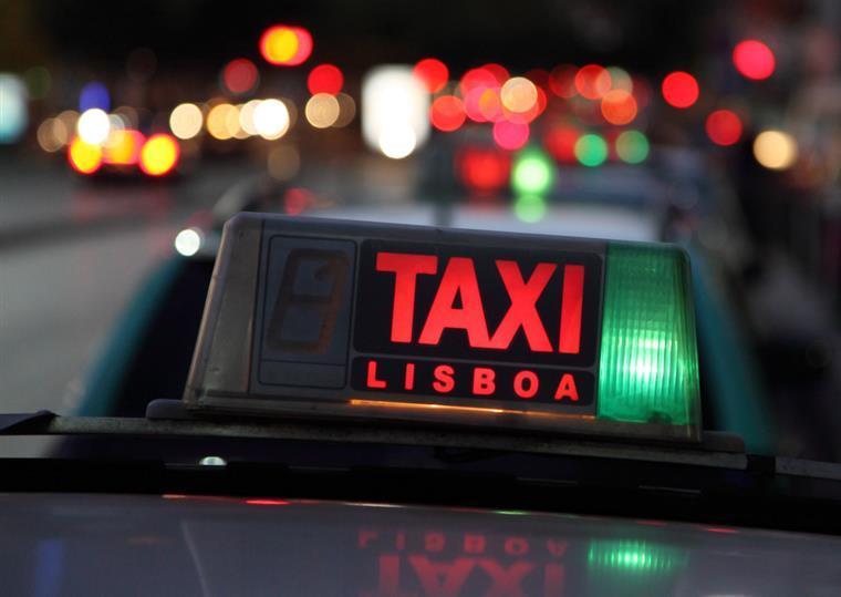 Taxis Lisboa