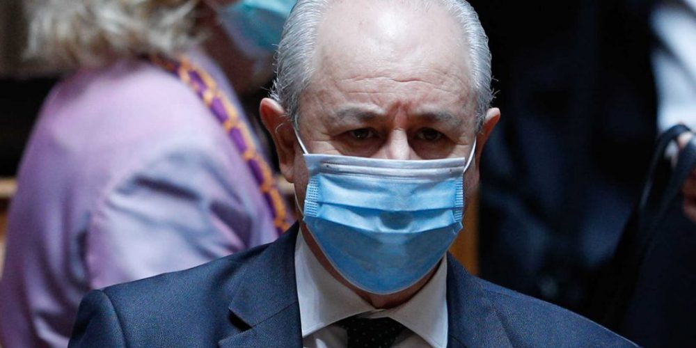 Oposição ultrapassa Governo e consegue alargar lay-off aos sócios-gerentes