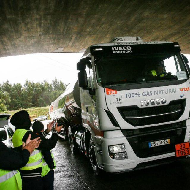 O Táxi integrado no abastecimento de emergência