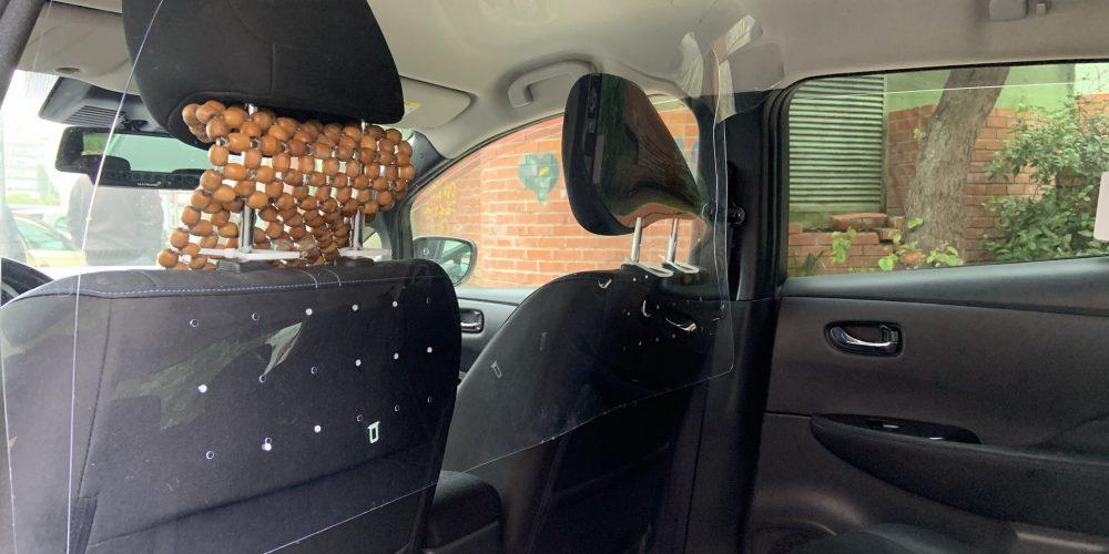 Prorrogação do prazo de averbamento do separador acrílico em veículos táxi