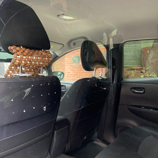 Aprovação do Separador em Acrílico para o Táxi